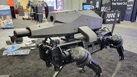 Автономен и опасен – компания представи въоръжен със снайпер робот куче